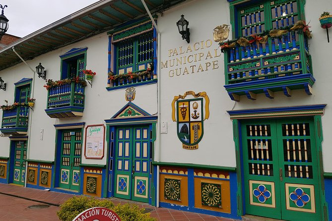 El Peñol and Guatape Small Group Tour from Medellin