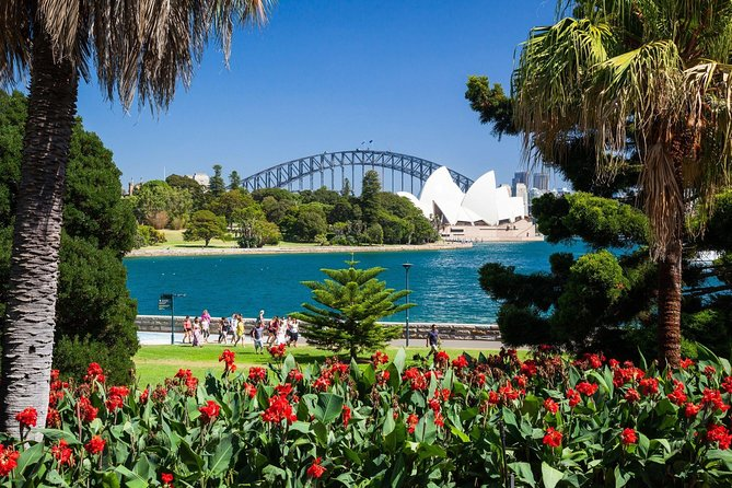 Sydney Private Day Tours | See Sydney in Style | 8 Hour Luxury Private Tour