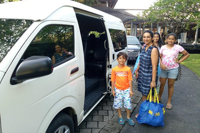 Hire Convenient Minibus 7-15 Sitters in Bali with friendly Driver or Tour Guide