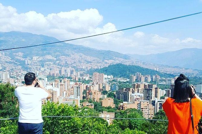 Medellín City Comuna 13 and Arvi Park Full Day Private Tour