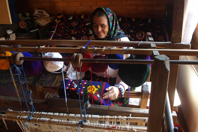 Rug weaver