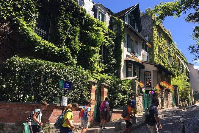 Explore Eclectic Montmartre - Private & Personalised Paris Experience