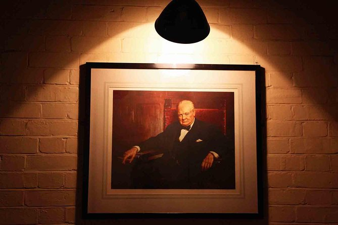 Historical London Walking Tour in Westminster & Entry to Churchill War Rooms