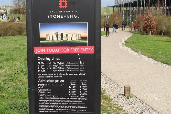 Private Transfer: Central London to Southampton Cruise Port Via Stonehenge