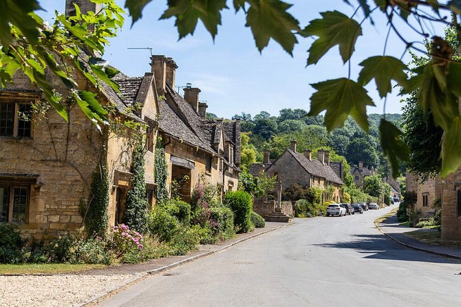 Small Group Tour of Cotswold Villages