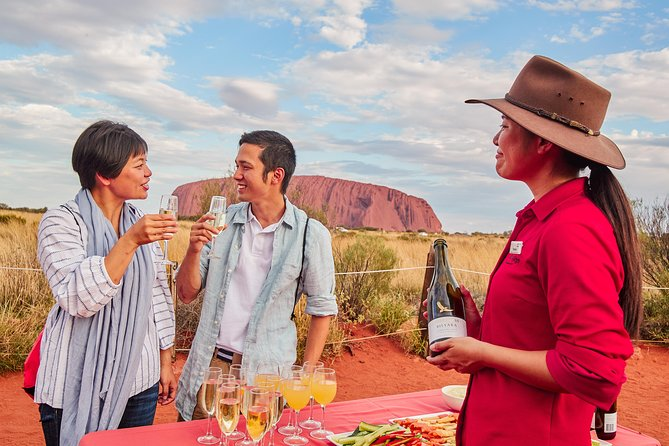 Ayers Rock (Uluru) Sunrise, Sunset; BBQ, Kings Canyon Option