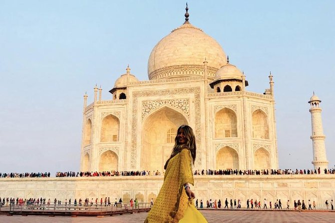 Same day Taj Mahal & local art tour from Delhi