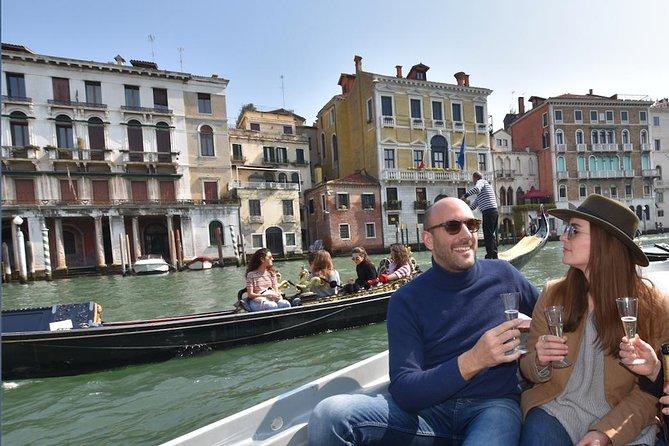 A Venetian Aperitif on The Lagoon