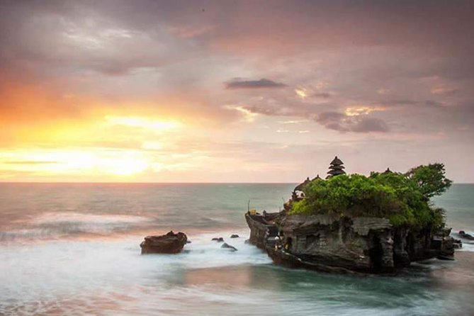 Private Tour: Ubud Tanah Lot Tour with Jungle Swing