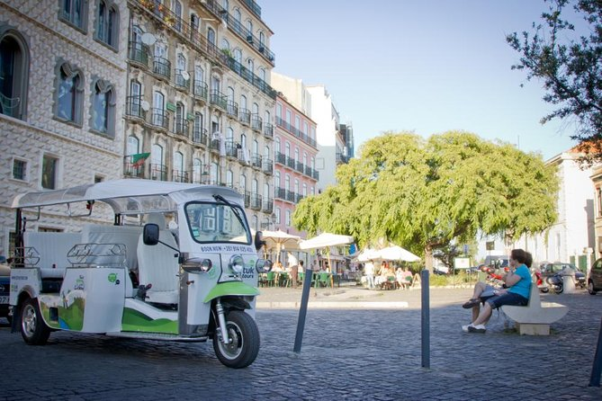 Lisbon: 1.5-Hours Old Town and City Center Tour on a Private Guided Tuk