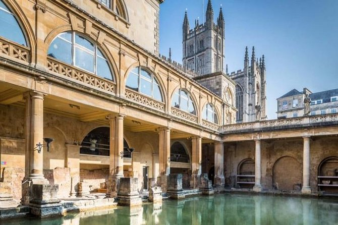 Private Transfer Service Bath City to London Heathrow Airport