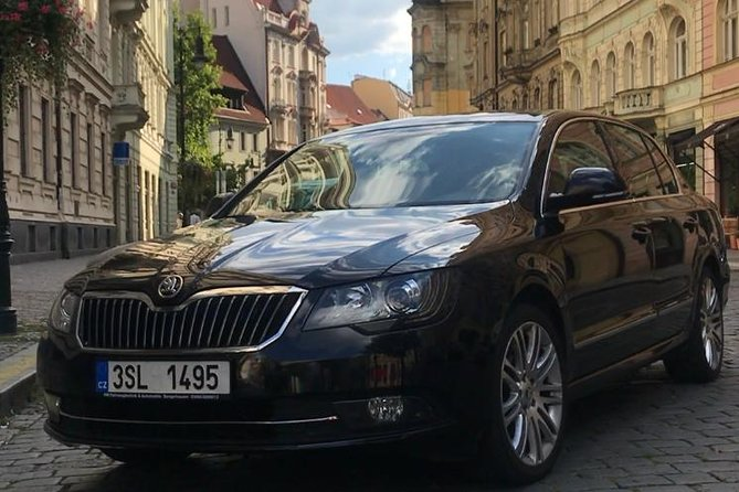 Private Transfer from Prague Hotel to Prague Airport
