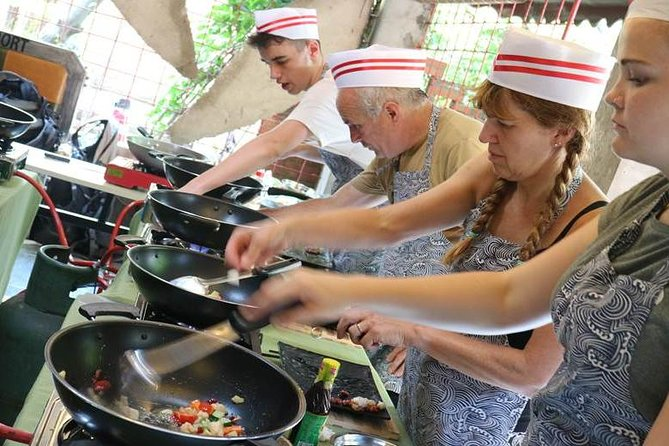 4-Hours Private Sichuan Cooking Class including Local Wet Market Visit photo 6