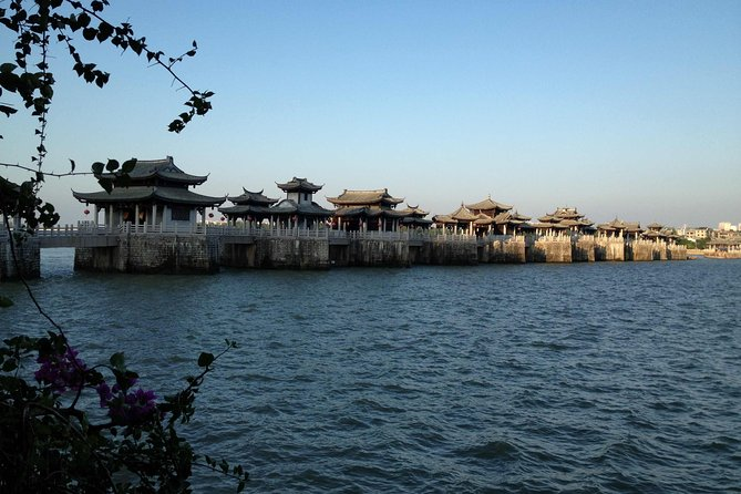 Private 2-Day Tour to Chaozhou by Round-way Bullet Train from Guangzhou