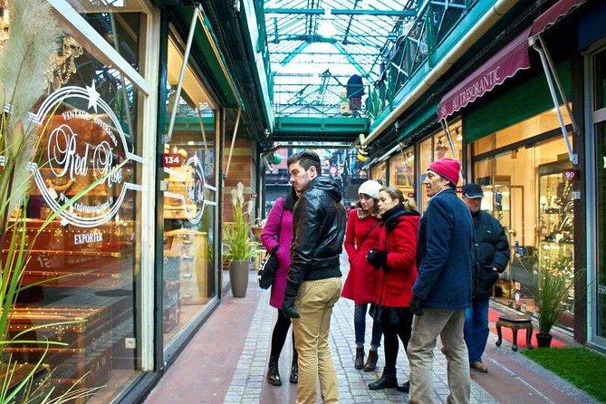 Small-Group Paris Walking Tour: St-Ouen Flea Market