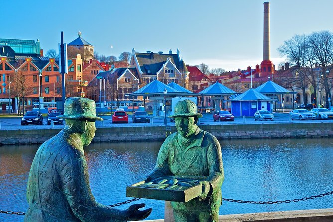Small-Group Walking Tour in Gothenburg