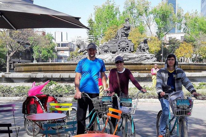 ART NACÓ Roma-Condesa Bike tour