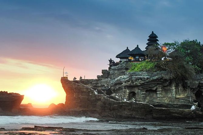 Tanah Lot Tour, Private Daily Tour Visiting Rocky Temple of Tanah Lot