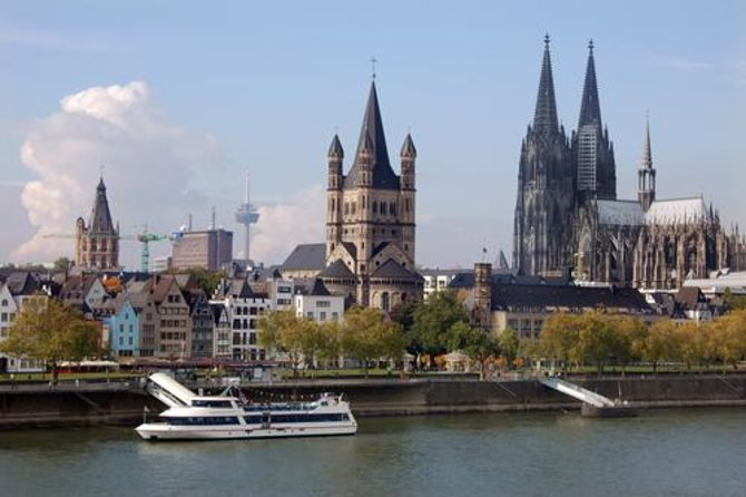 Cologne Sightseeing round-trip Cruise
