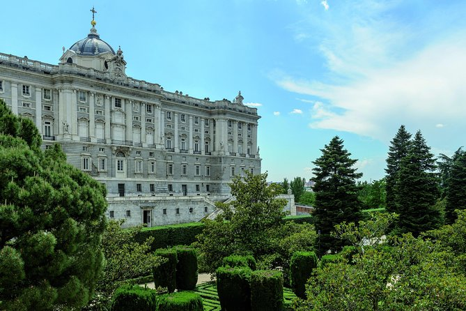 Skip-The-Line Early Entrance Tour of the Royal Palace of Madrid