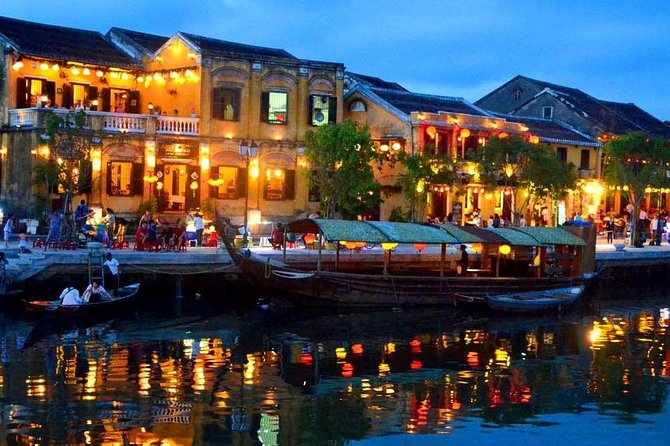 Private car transfer from Da Nang to Marble Mountains and Hoi An (Round trip)