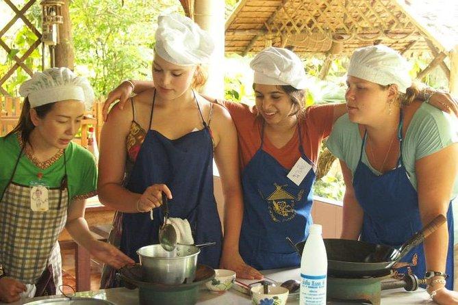 Half Day Baan Hongnaul Cookery School