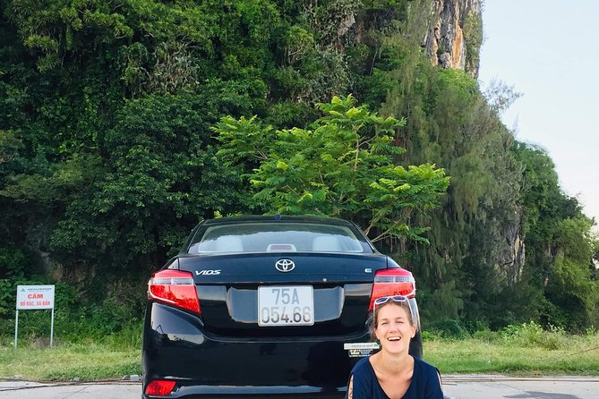 Hue to Hoi An or Hoi An to Hue Transfer with sightseeing on the way