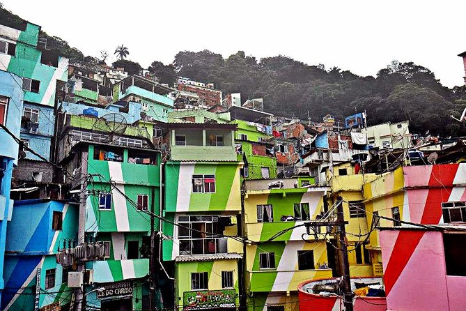 Favela Tour -The path of Michael Jackson in Rio