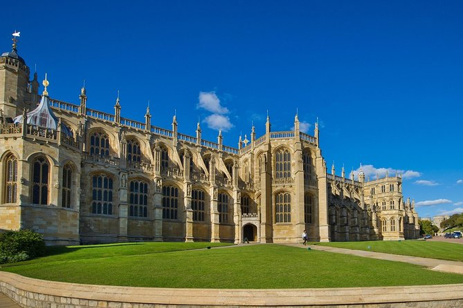 Windsor, Stonehenge & Oxford Private Car Tour photo 4