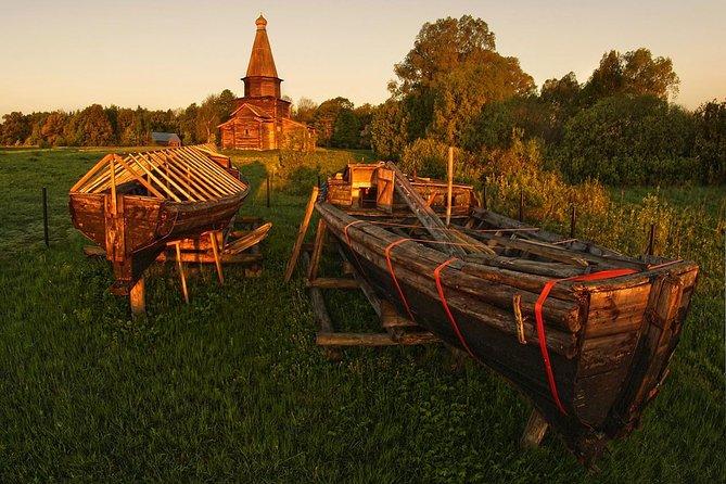 Veliky Novgorod Private City Tour with Yuriev Monastery and ''Vitoslavlitsi''