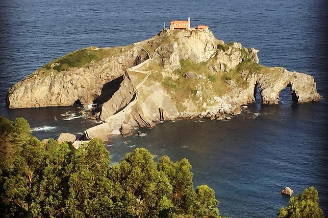 Bilbao to San Sebastian: Basque Country Private Sightseeing Tour