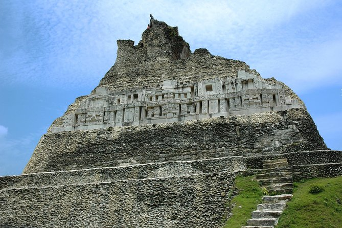 Xunantunich and Inland Blue Hole Tour
