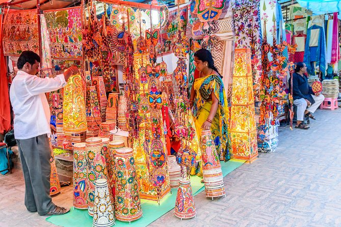 Delhi Flea and Street Markets Tour