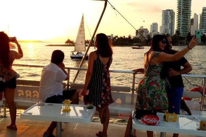 Sunset and Bay Night Tour in Catamaran