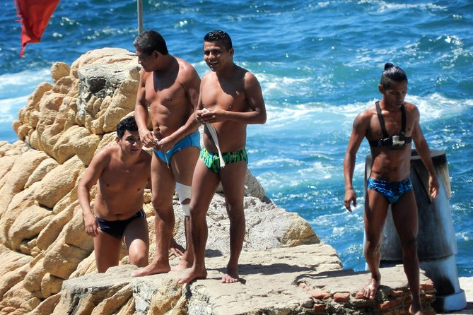 Cliff Divers Show at La Quebrada With Lunch Drinks & Shopping & More Drinks