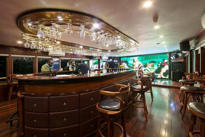 Bai Tu Long - Less Touristy - Room with Jacuzzi - La Regina Royal 2 days 1 night