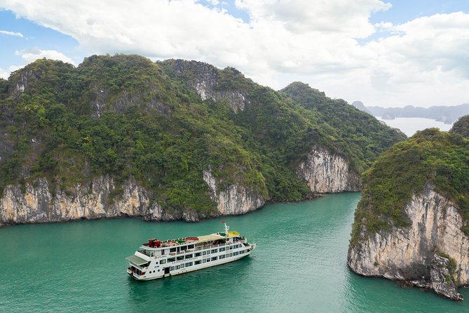 Ha Long - Bai Tu Long,La Regina Royal Cruise 5 Stars 3 Days 2 Nights