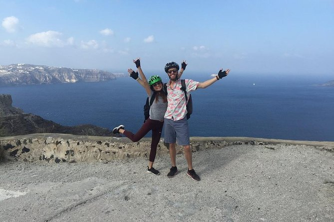 Classical Santorini Tour on Electric Bike photo 4