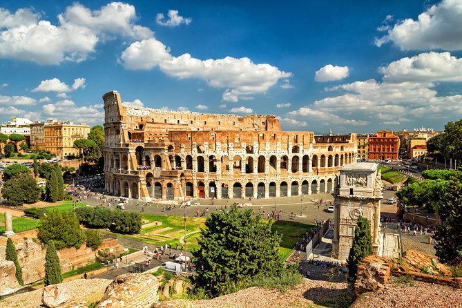 Small-Group Tour at the Colosseum, Forum and Palatine Hill