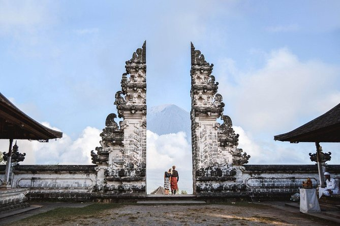 All-inclusive: Gate of Heaven at Lempuyang Temple with Blue Lagoon Snorkeling