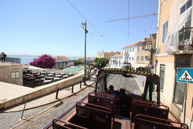 Best of Lisbon City Tour: History and Sightseeing Bus photo 3
