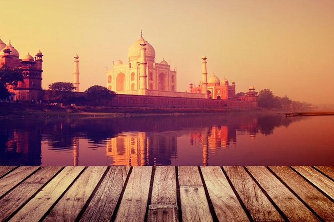 Private Day-Trip: Taj Mahal, Mathura, and Vrindavan, from Delhi
