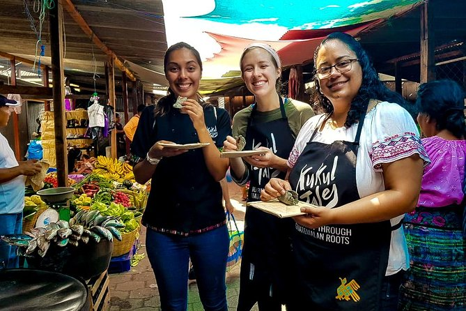Food Tour in Antigua Traditional Market