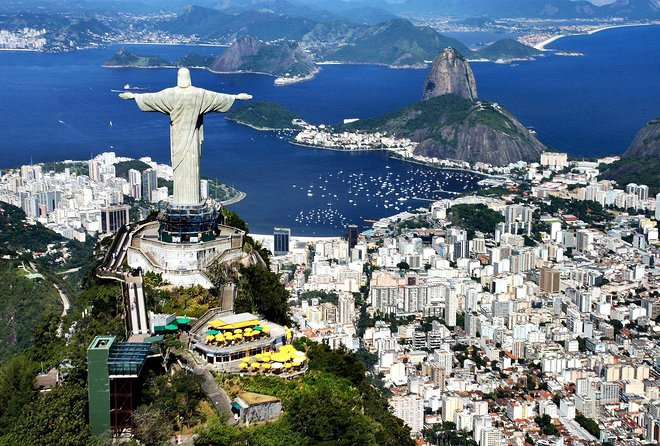 Christ Redeemer Skip the Line By Train, Maracanã with Lunch and Sugar Loaf