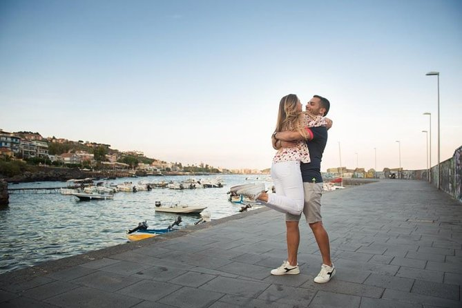 Private Photo Session with a Local Photographer in Siracusa