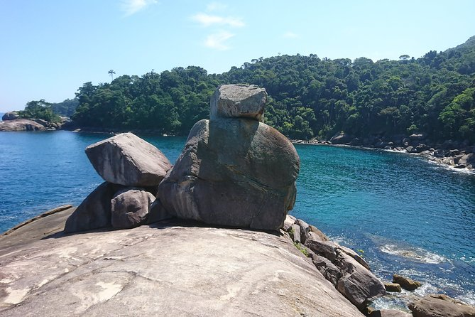Walk on the Route of Pirates and Lopes Mendes