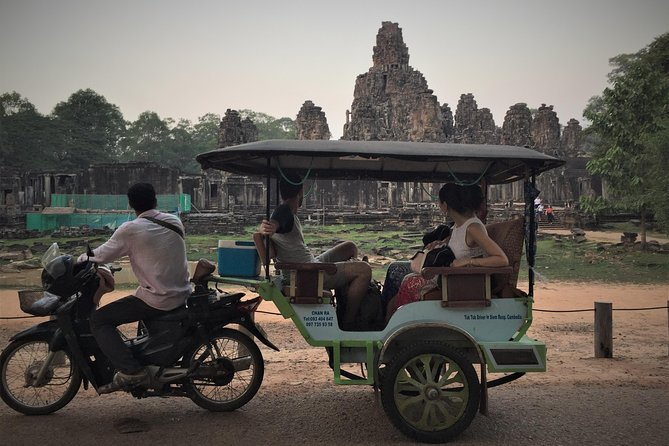Angkor Wat Private Sunrise VIP private Tour photo 1