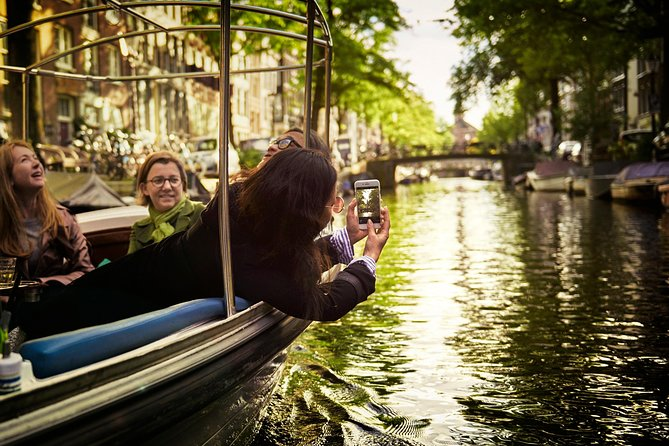 Private 1.5 hour Canal Tour in Amsterdam with your Loved One