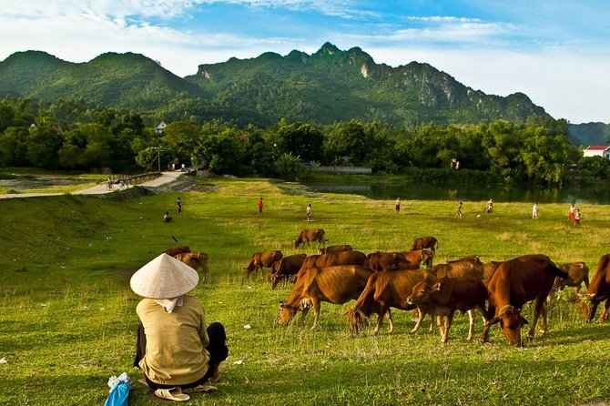 3-Day Mai Chau Valley Tour from Hanoi with Biking