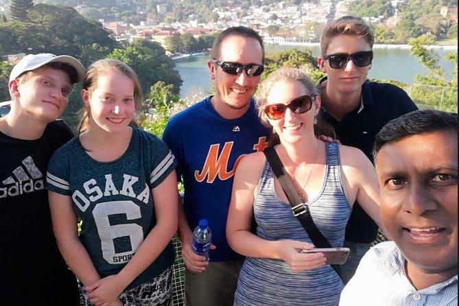 Visite privée personnalisée d'une journée complète à Kandy
